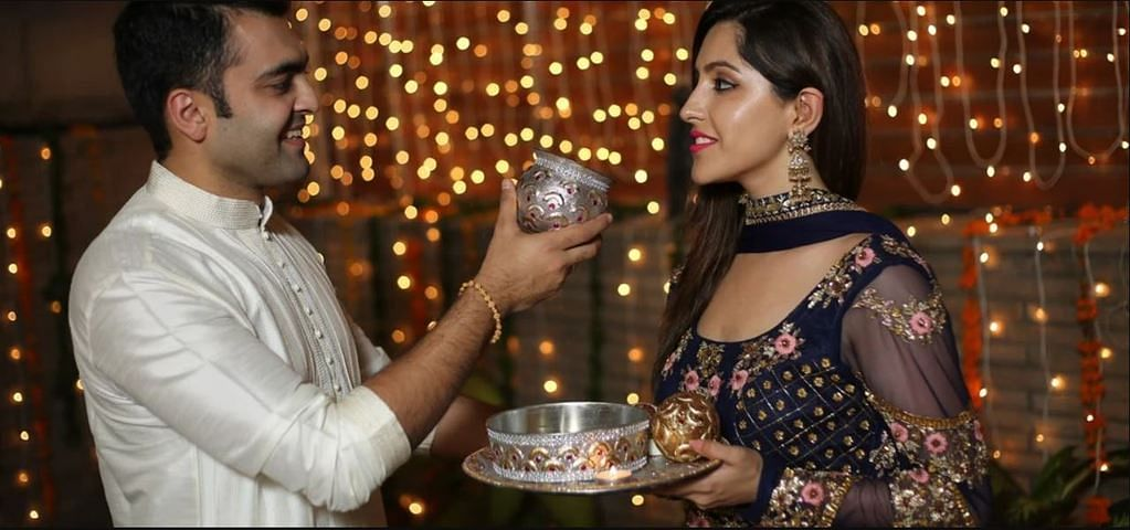 Karva Chauth Diet Plan: उपवास के पहले और बाद में क्या खाएं, किन चीजों से परहेज करें, पढ़ें पूरी डिटेल