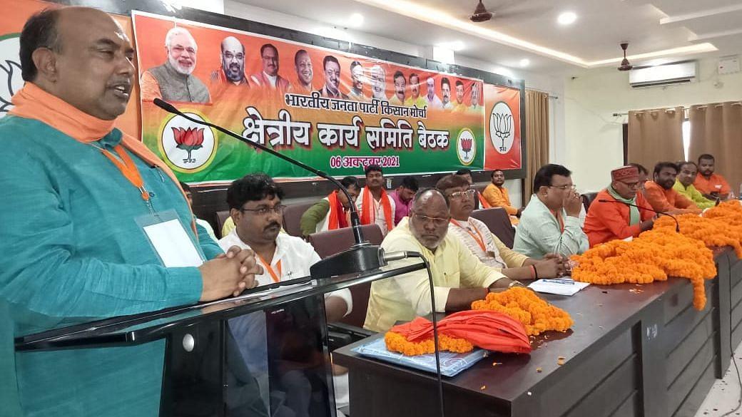 UP Election 2022: लखीमपुर की घटना दुर्भाग्यपूर्ण, प्रियंका गांधी सेंक रहीं राजनीतिक रोटी, बोले कामेश्वर सिंह