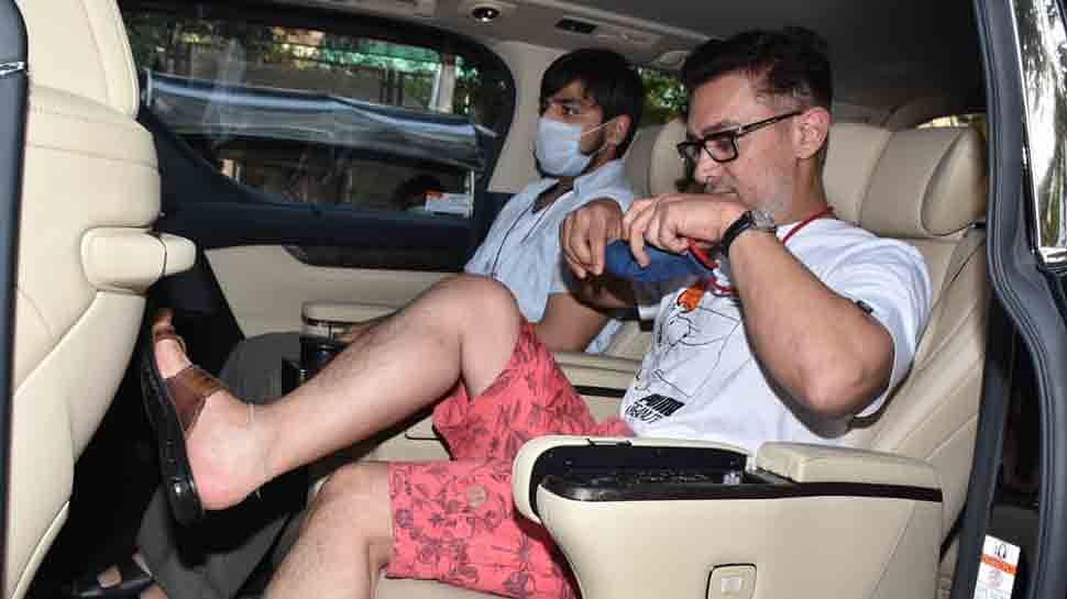 सफेद दाढ़ी, व्हाइट टी शर्ट- हाफ पैंट... आमिर खान का नया लुक चर्चा में, फोटोज देख यूजर्स कर रहे ऐसे कमेंट्स