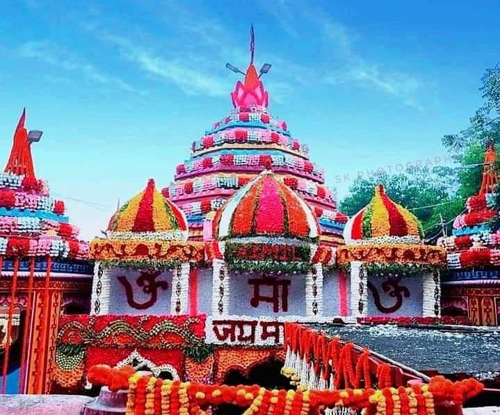 Navratri 2021 : नवरात्र पर रजरप्पा मंदिर में सजा है मां का दरबार