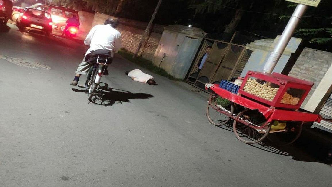 कश्मीर में आतंकियों की बड़ी साजिश, चुन-चुनकर गैर मुस्लिमों की कर रहे हत्या, जानिए क्या है पाकिस्तान की मंशा