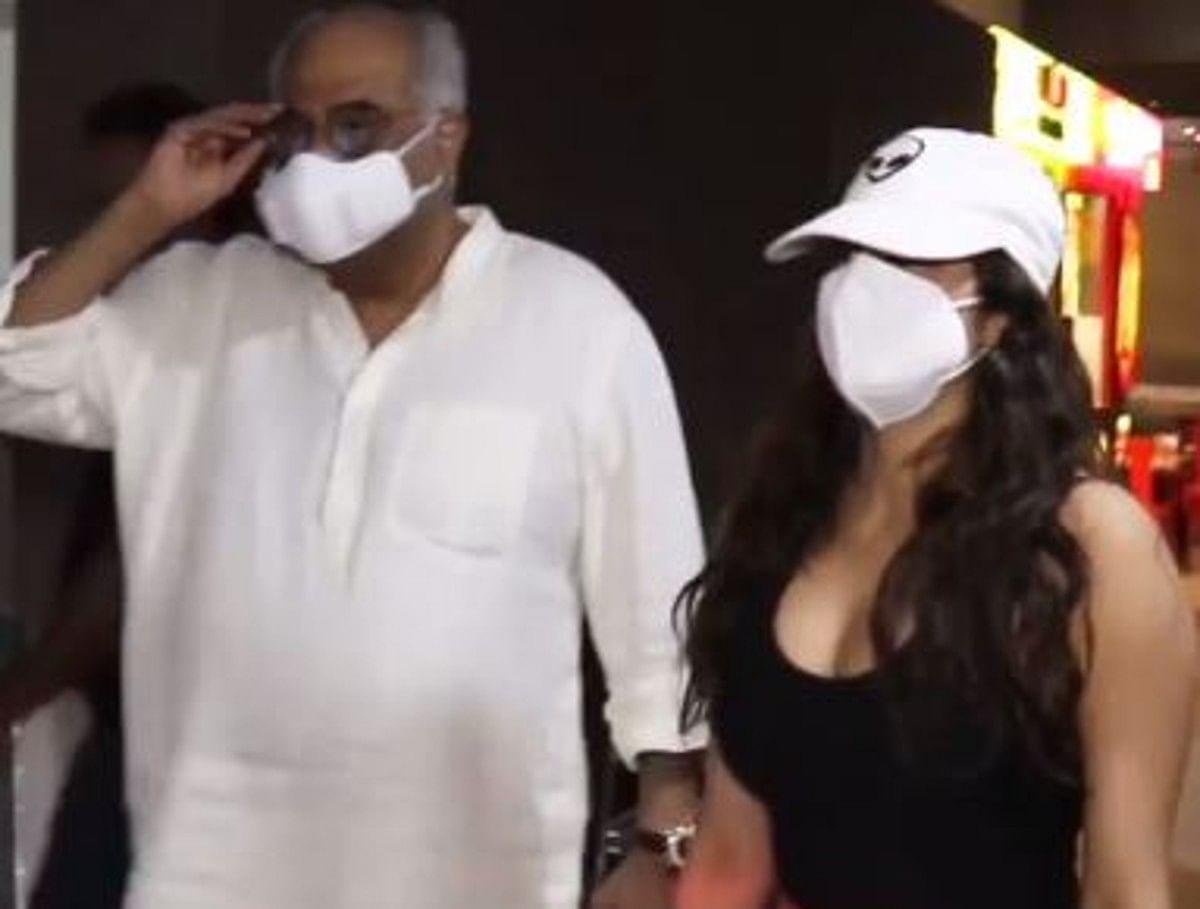 बोनी कपूर पर भड़की जाह्नवी कपूर, एयरपोर्ट पर जमकर लगाई डांट, देखें VIDEO