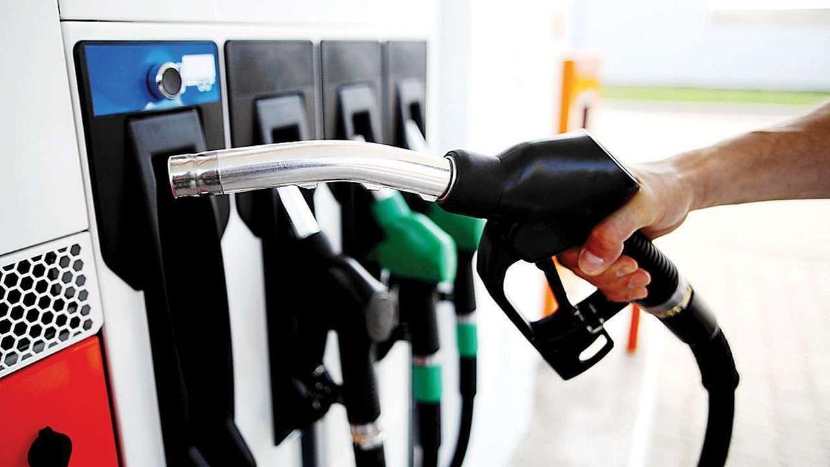 Petrol Diesel Price Today: फिर लगी पेट्रोल - डीजल की कीमत में आग, जानें आपके शहर में कितना बढ़ गया भाव