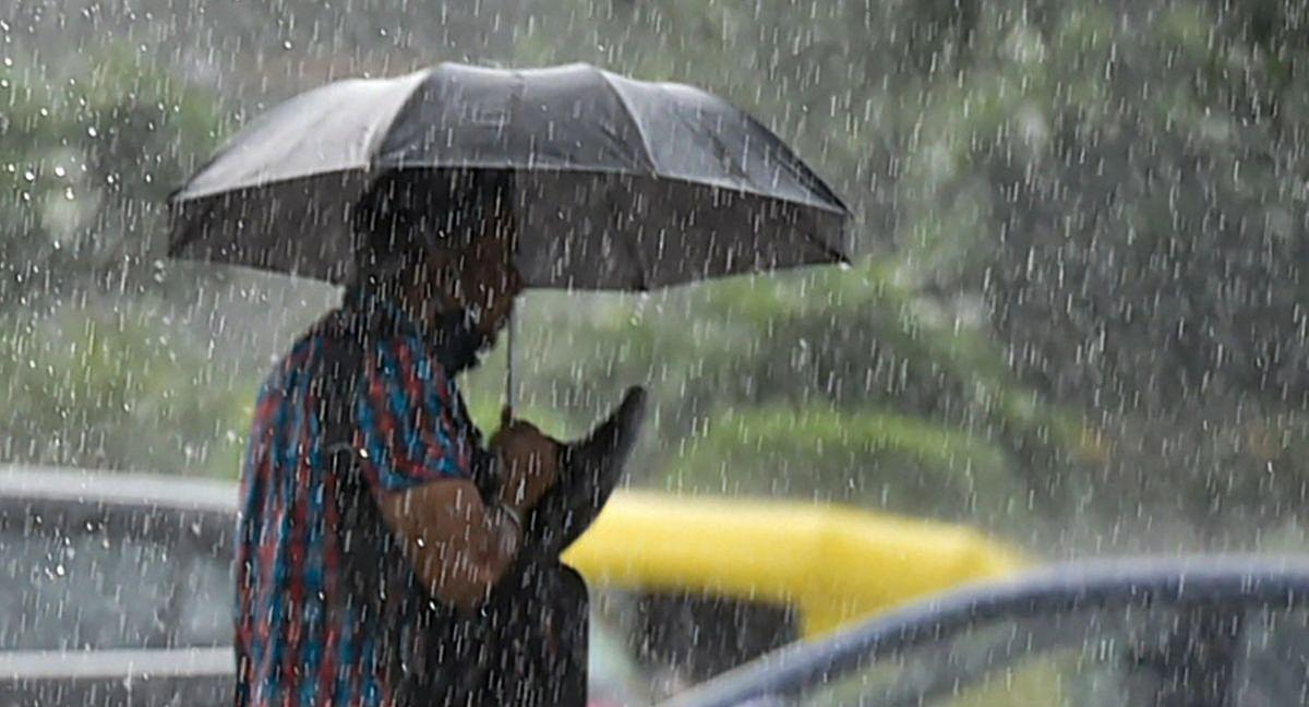 Weather Forecast: यहां होगी भारी बारिश, जानें बिहार-झारखंड-दिल्ली में कब से पड़ने लगेगी कड़ाके की ठंड