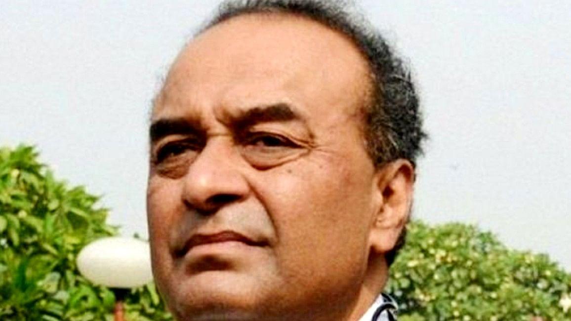 कौन हैं मुकुल रोहतगी, जिन्हें शाहरुख खान ने बेटे आर्यन की जमानत के लिए किया हायर
