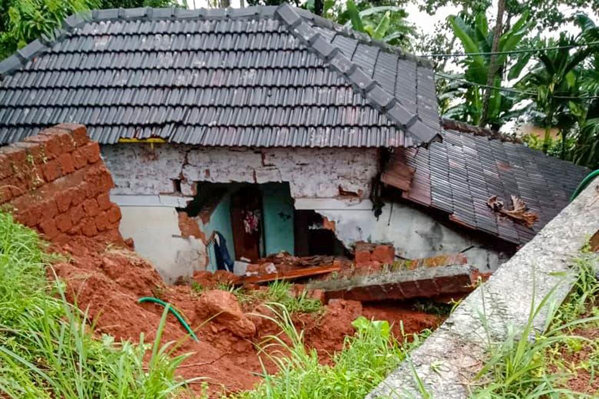 मलप्पुरम जिला में भारी बारिश से मकान क्षतिग्रस्त