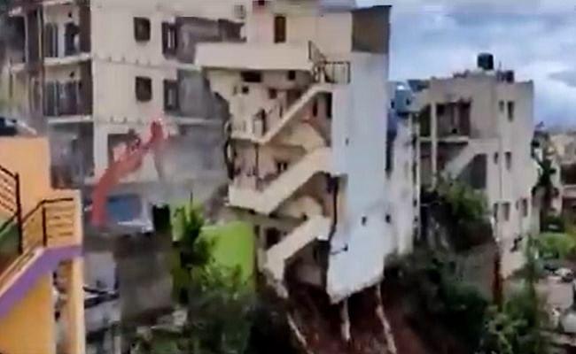 बेंगलुरु में देखते ही देखते जमींदोज हुआ बहुमंजिला इमारत, जानें क्यों ध्वस्त करनी पड़ी बिल्डिंग