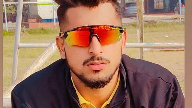 IPL 2021: जम्मू-कश्मीर के युवा गेंदबाद उमरान मलिक ने डेब्यू में ही फेंका रिकॉर्ड तेज गेंद, सभी हैरान