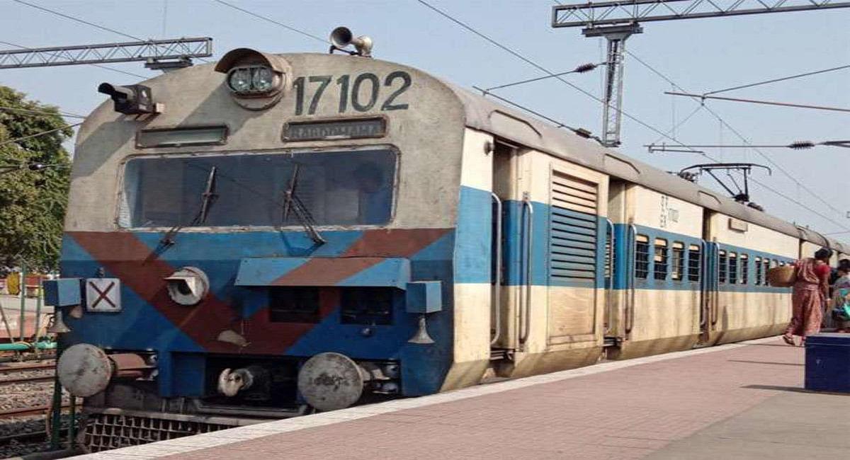 IRCTC/Indian Railways News: जसीडीह-झाझा पैसेंजर ट्रेन का परिचालन हुआ बंद, यात्री हुए मायूस