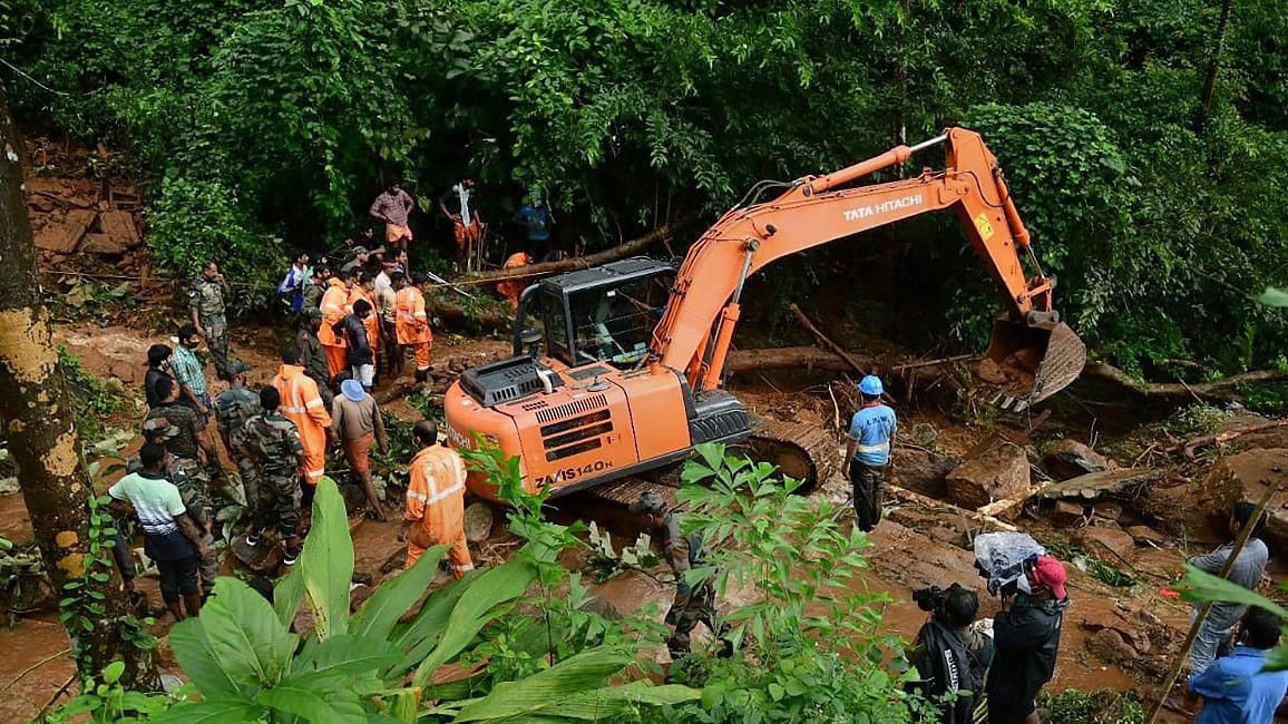 Kerala Rain Flood : केरल में बारिश से तबाही की तस्वीरें वायरल