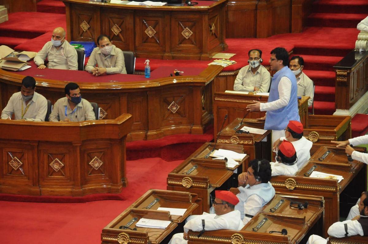 UP: डिप्टी स्पीकर के इलेक्शन में BJP विधायकों की क्रॉस वोटिंग, चुनाव से पहले सीएम योगी के लिए कितना मुश्किल?
