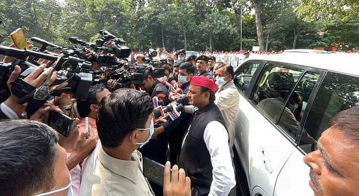 UP News: लखीमपुर हिंसा पर अखिलेश यादव ने फिर मांगा गृह राज्य मंत्री अजय मिश्रा टेनी का इस्तीफा
