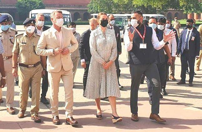 Agra News: संगमरमर के खूबसूरत ताजमहल के दीदार के बाद डेनमार्क की पीएम फ्रेडरिक्सन बोलीं- वाह...