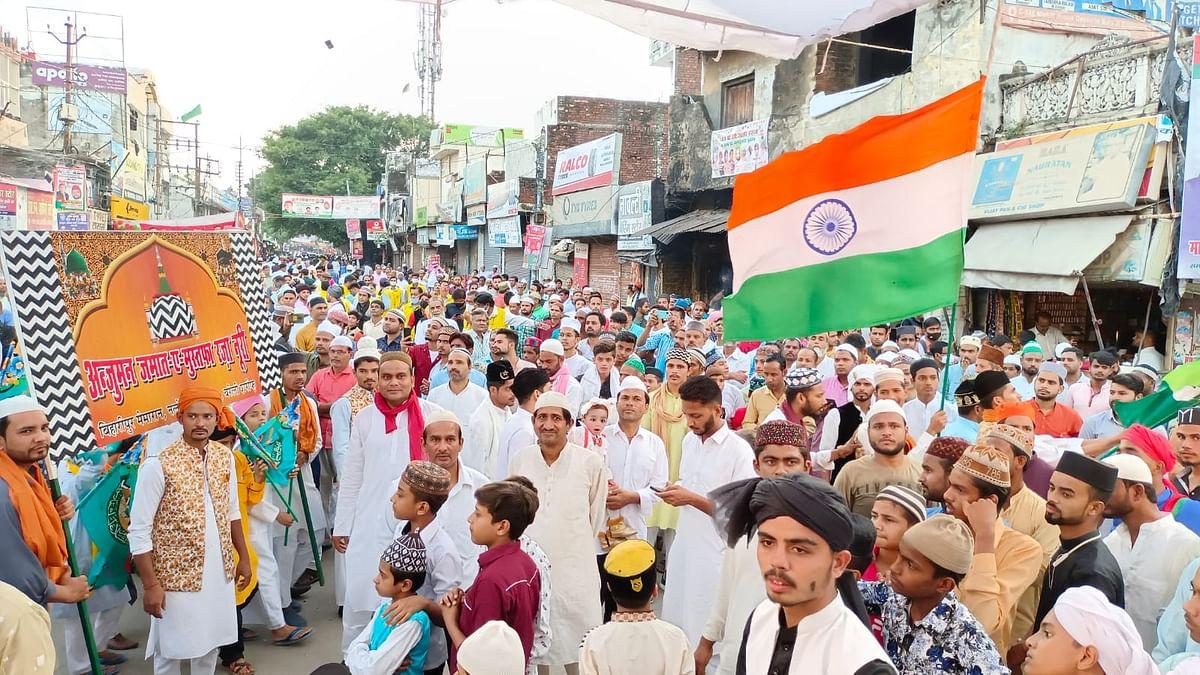 Bareilly News: शानो-शौकत से निकला जुलूस-ए-मुहम्मदी, दुल्हन की तरह सजा शहर, पैगंबर के रास्ते पर चलने की नसीहत