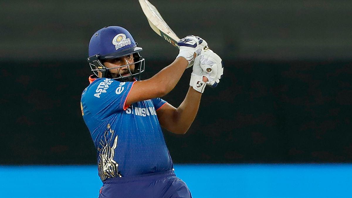 IPL 2021: रोहित शर्मा ने टी20 में रचा इतिहास, 400वां छक्का जड़ एरोन फिंच का रिकॉर्ड तोड़ा