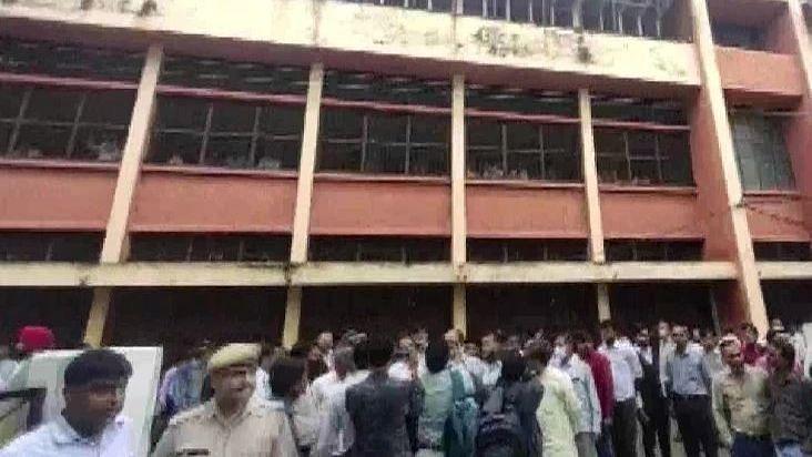 UP News: शाहजहांपुर वकील हत्याकांड में पुलिस ने 5 घंटे के अंदर आरोपी को किया गिरफ्तार, सामने आयी यह बात