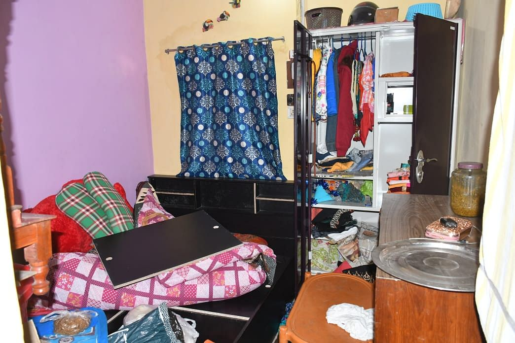 बीएसएल कर्मी परिजन का इलाज कराने गए थे रांची, चोरों ने किया हाथ साफ, घर का राशन तक नहीं छोड़ा