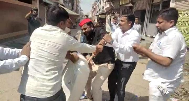 Kanpur News: BJP विधायक के विवादित बयान पर मचा बवाल, सपा कार्यकर्ताओं ने दी आंदोलन की चेतावनी