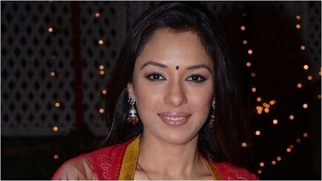 Rupali Ganguly ने 'तेरियां मोहब्बतां' सॉन्ग पर दिए जबरदस्त एक्सप्रेशंस, फैंस बोले 'वाह क्या बात है'