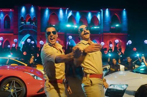 अक्षय कुमार ने रणवीर सिंह को इस तरह सिखाया 'बाला-बाला' सॉन्ग का सिग्नेचर स्टेप, VIDEO शेयर कर कह दी ये बात