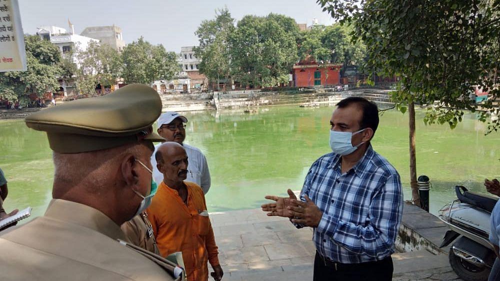 Varanasi News: डीआईजी अनिल कुमार सिंह ने दुर्गा प्रतिमा विसर्जन स्थलों का किया निरीक्षण, दिये ये निर्देश