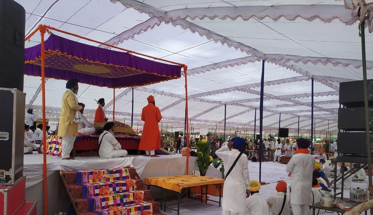 Lakhimpur Kheri: अंतिम अरदास में शामिल होने लखीमपुर पहुंचीं प्रियंका गांधी, जयंत चौधरी भी रवाना