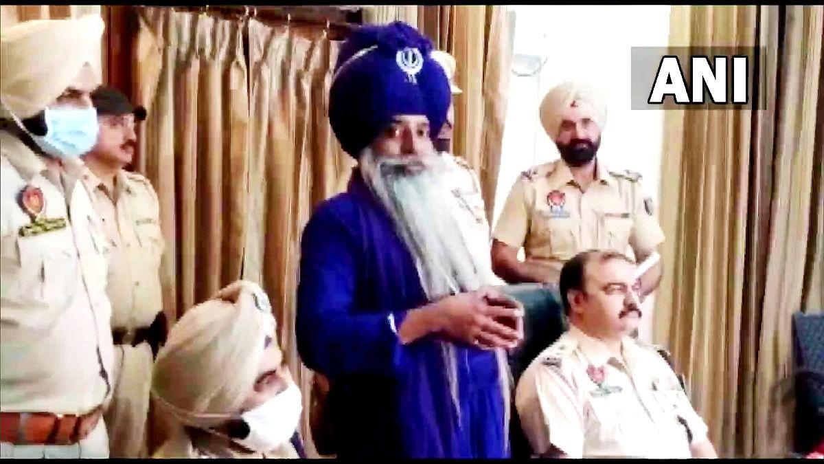 सिंघु बॉर्डर पर लखबीर सिंह की बर्बर हत्या मामले में पंजाब से एक और गिरफ्तार, दो निहंग हिरासत में