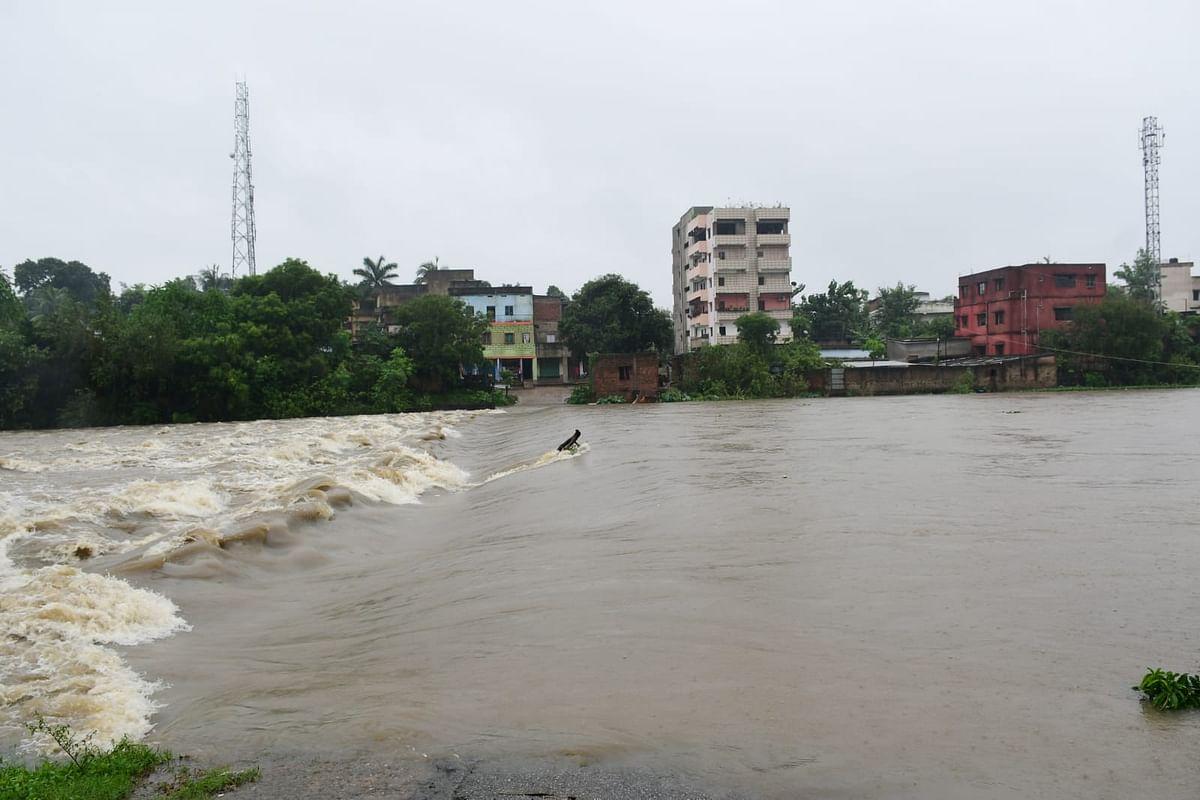 Jharkhand Weather Forecast : झारखंड में कब बदलेगा मौसम का मिजाज, कब तक होती रहेगी बारिश