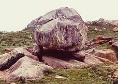 गोला पत्थर