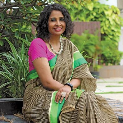 """""""Bank employees work really hard to help the country stay open"""": Asha Kharga, Axis Bank"""