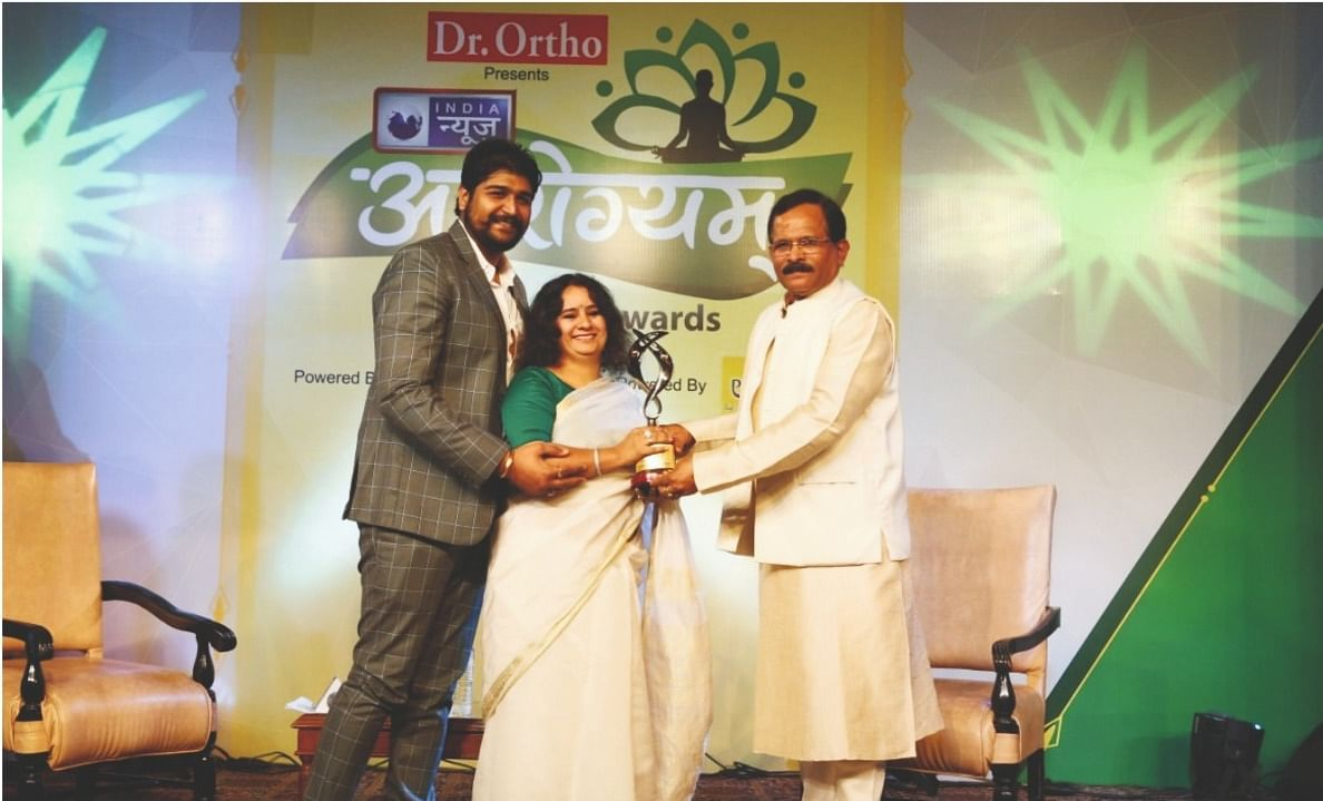 Dr Sharda Ayurveda- Awarded by AYUSH Minister Sh. Shripad Naik, Dr. Mukesh Sharda India's renowned Ayurvedic expert