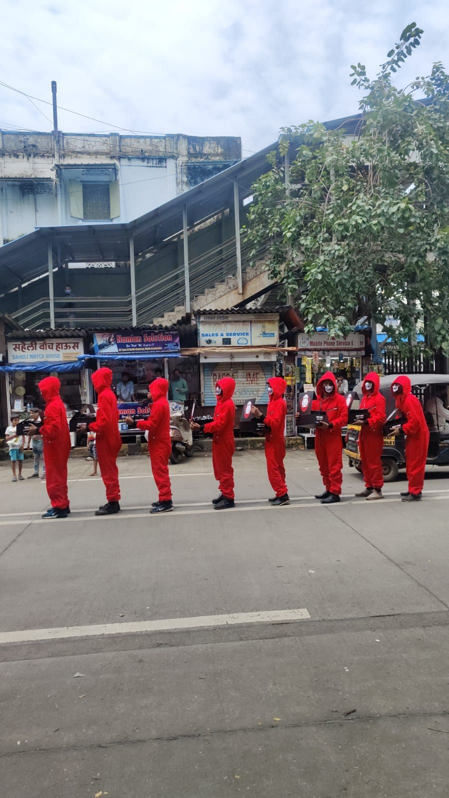 The Dali gang takes over Mumbai streets in 'Money Heist' style