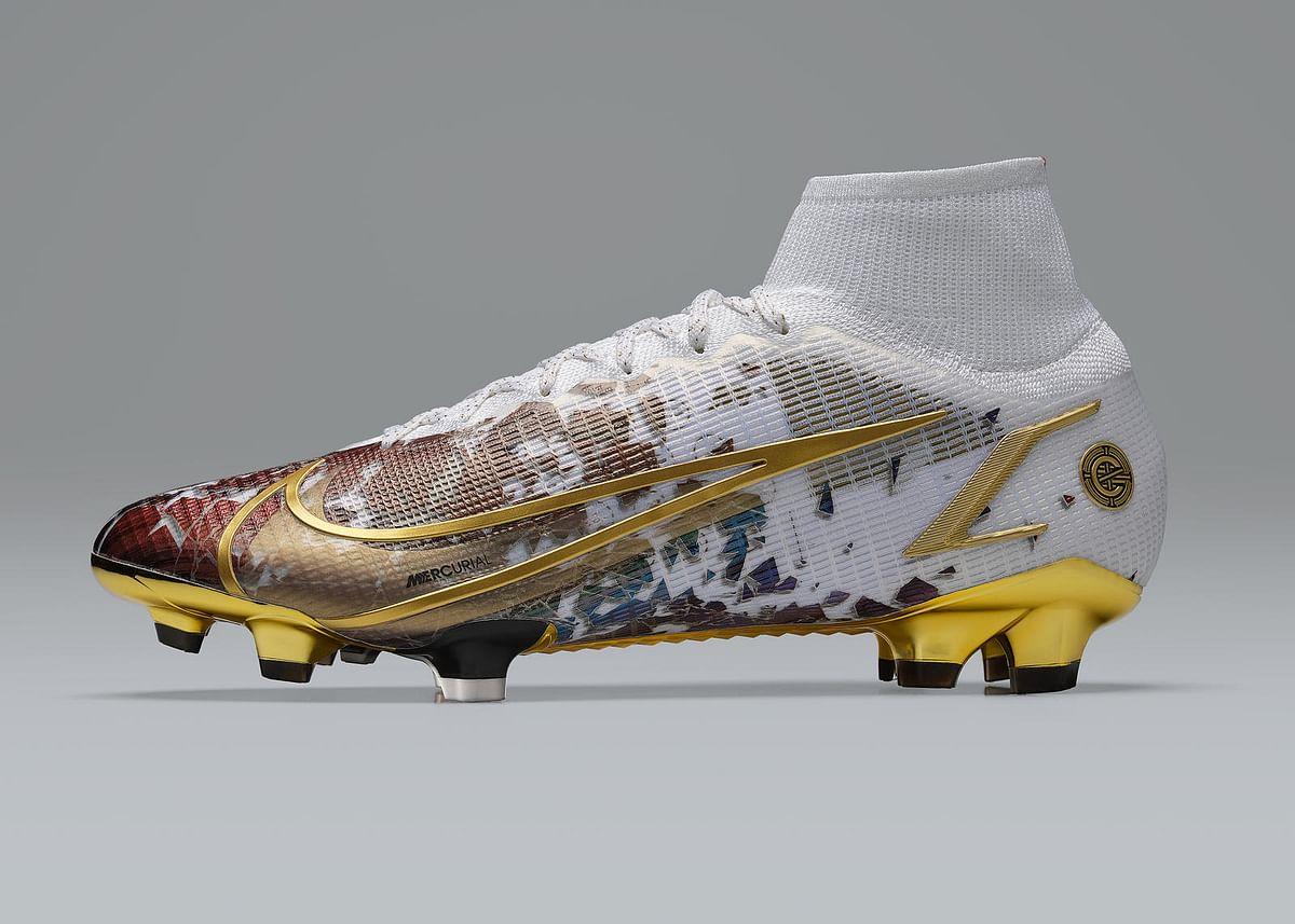 Nike's CR110 boot