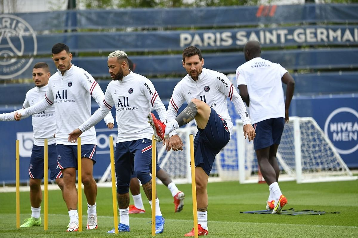 Lionel Messi trains with his PSG teammates: Ligue 1