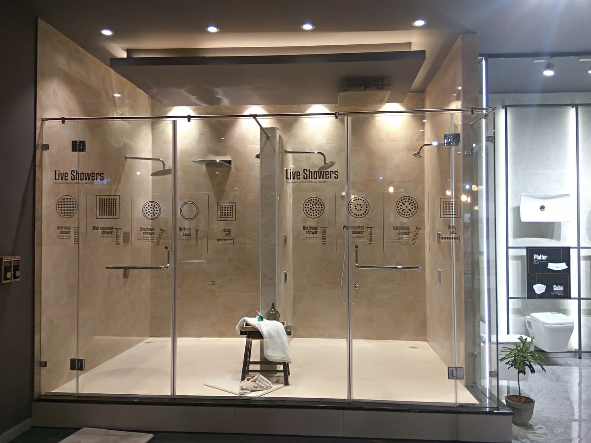 Live shower cubicles at Somany's experiential center