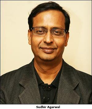 Dainik Bhaskar Group launches Dainik Divya Marathi from Akola