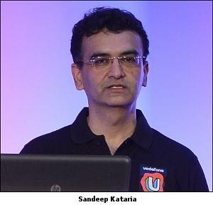 Kanan Gill, TVF, Raftaar create content to market Vodafone 'U'