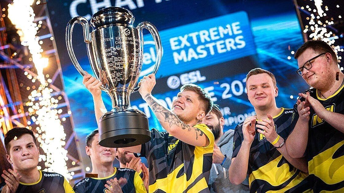 S1mple Talks About What He Does With All The CSGO Prize Money