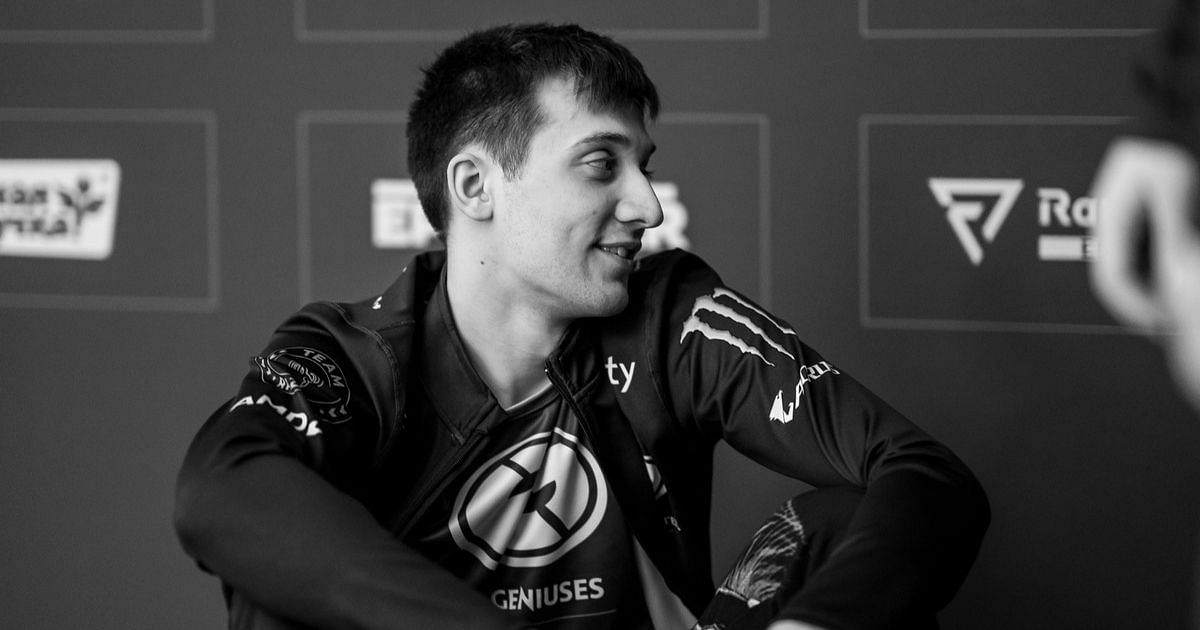 Arteezy Talks About What He Would Say to His Younger Self
