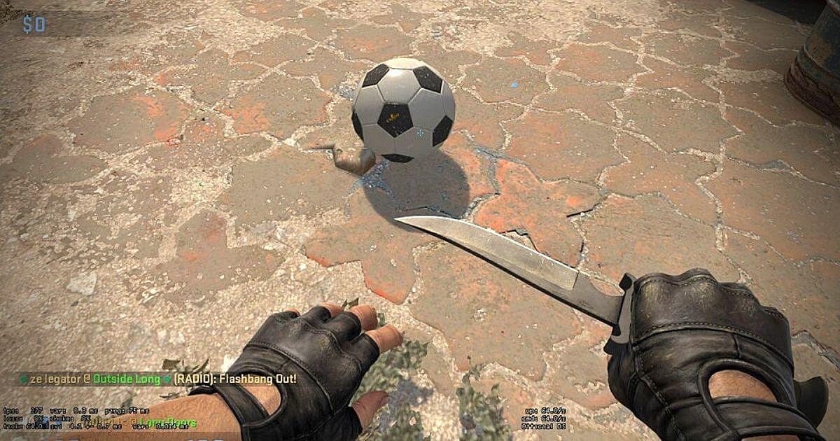 CS:GO Player Baits Opponent using the Football on Dust 2