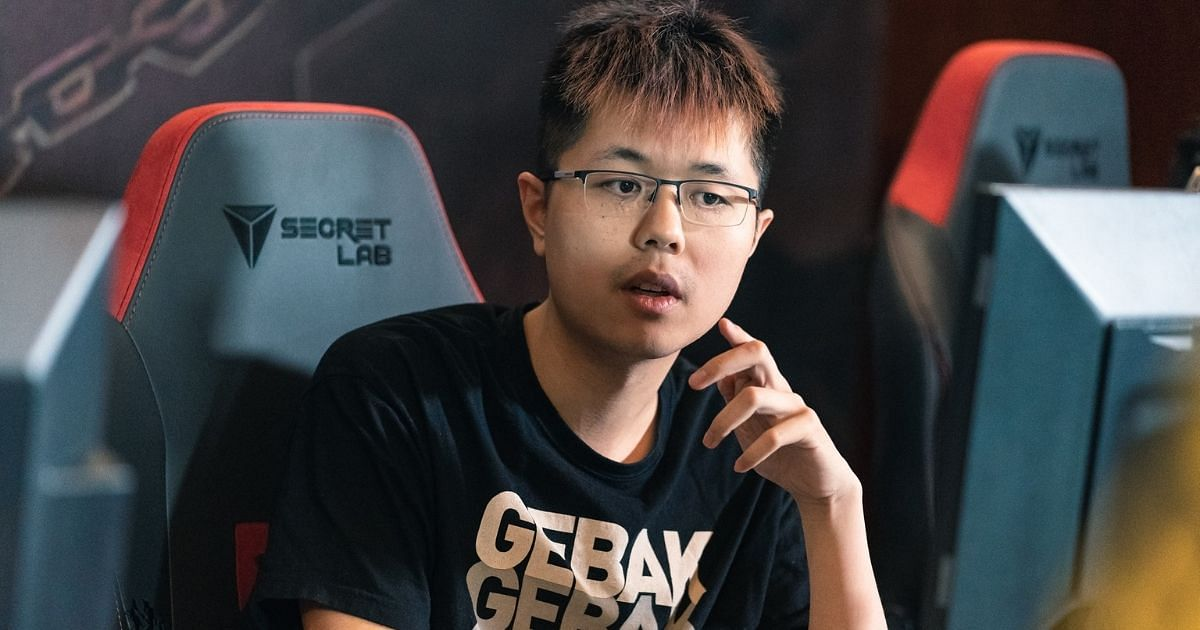EternaLEnVy Explains His Late Game Decision Making