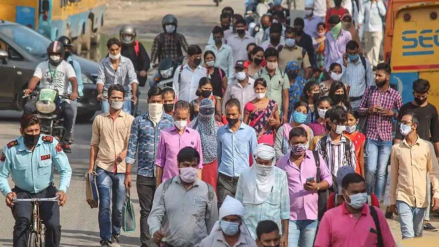 കോവിഡ്: മഹാരാഷ്ട്രയില് 17,433 പുതിയ രോഗികള്; തമിഴ്നാട്ടില് 5990 കേസുകള്