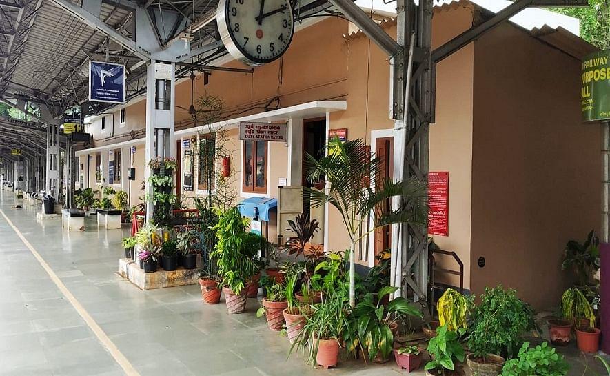 മനോഹരം മലപ്പുറം ജില്ലയിലെ ഈ റെയിൽവേ സ്റ്റേഷൻ; അഭിനന്ദന പ്രവാഹം