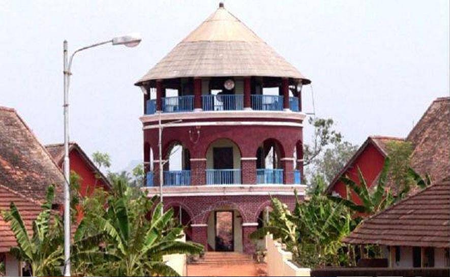 ഹോട്ട്സ്പോർട്ടായി തിരുവനന്തപുരം പൂജപ്പുര സെന്ട്രല് ജയില്; ഇന്ന് 145 പേര്ക്ക് കോവിഡ് 19