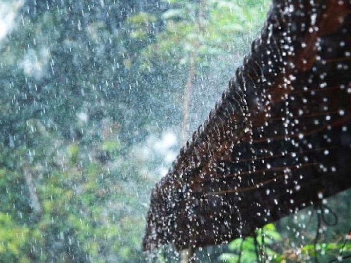 കേരളത്തില് ഒറ്റപ്പെട്ട ഇടങ്ങളില് ഇടിമിന്നലോട് കൂടിയ മഴയ്ക്ക് സാധ്യത