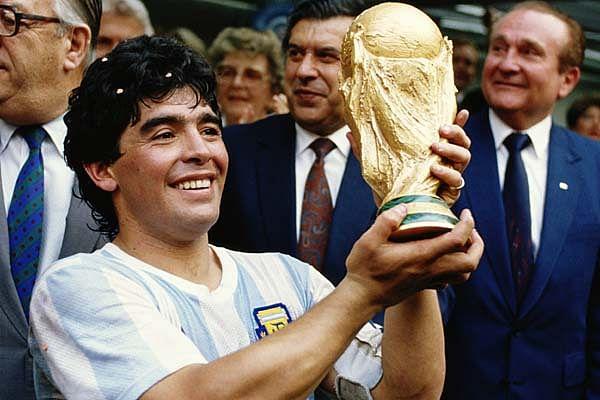 1986ല് ലോകകപ്പ് കീരീടം നേടിയപ്പോള്