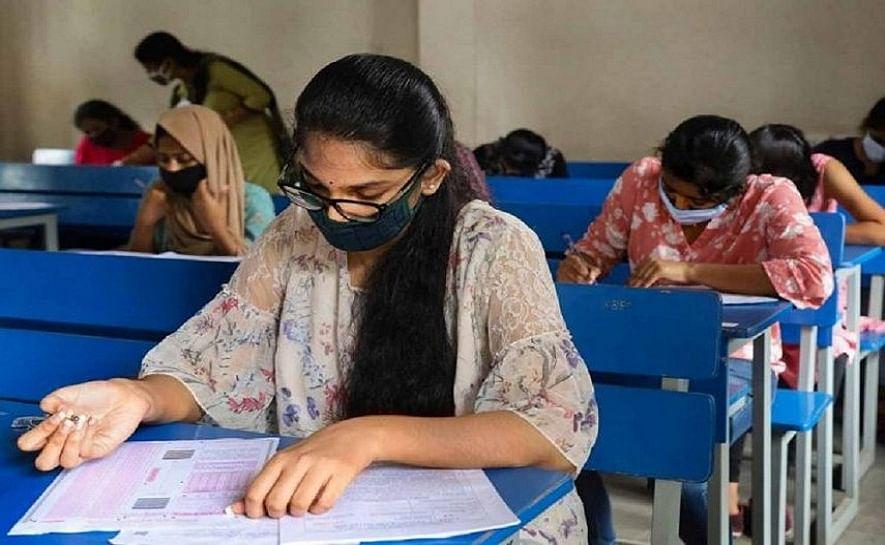 സംസ്ഥാനത്തെ കോളജുകളില് ഒന്നാം വര്ഷ ബിരുദ റഗുലര് ക്ലാസുകള് 15 മുതല്