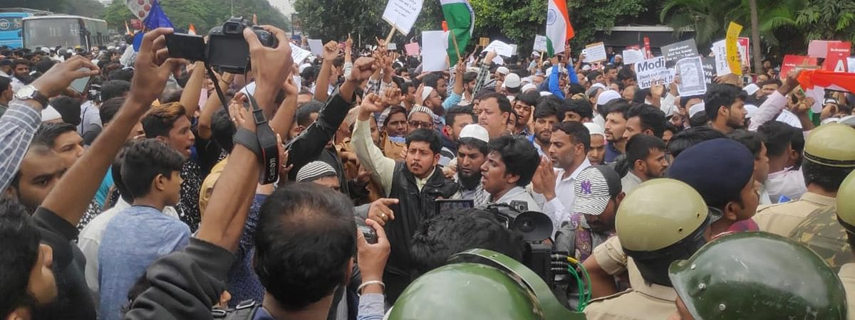 Delhi Gate anti-CAA Protest: CMM directs Daryaganj SHO to let detained persons meet advocates, follow JJ Act for minors