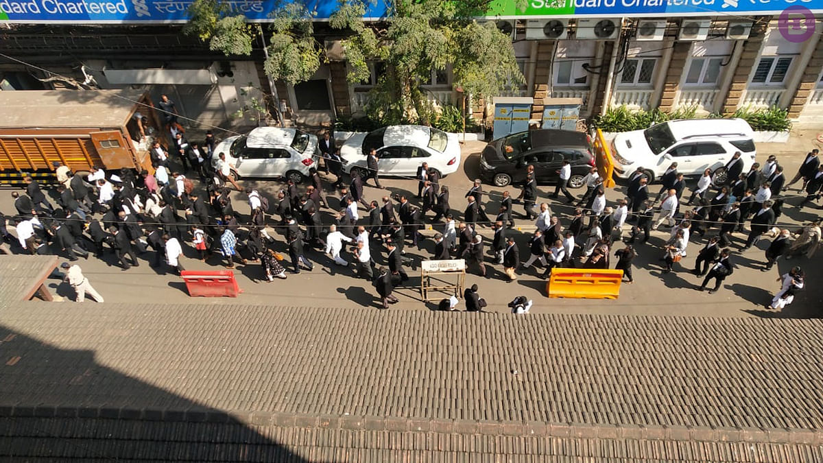 Citizenship Amendment Act: Over 100 lawyers march in support of CAA outside Bombay HC [Watch Video]