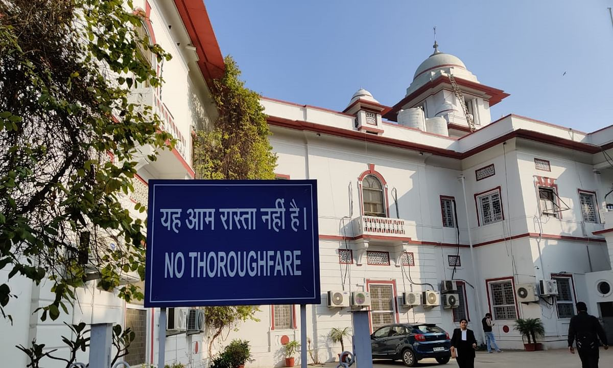 Delhi HC directs Delhi Govt to indicate the time required to upgrade existing internet connection at District Courts and digitizing records